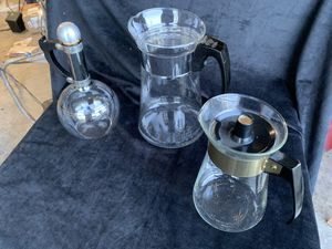 Vintage Pyrex and Corningware Carafes for Sale in Yelm, WA