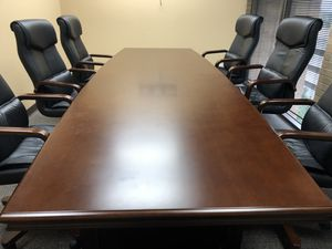 Office furniture, desk, conference table & chairs for Sale in Magnolia, TX