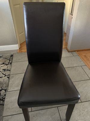 4 Dinner Table Wooden Chairs for Sale in Richmond, CA