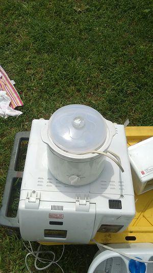 Min crock pot for Sale in Stockton, CA