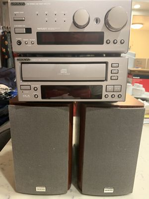 ONKYO complete CD and FM stereo system for Sale in Lakewood, CA