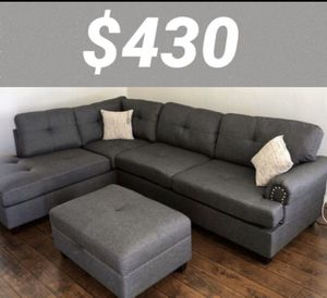 New in box grey sectional sofa with storage ottoman for Sale in Downey, CA