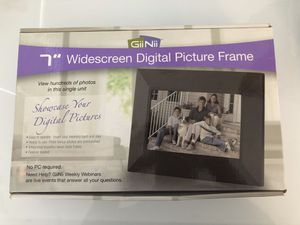 Digital Picture Frame for Sale in Miami, FL