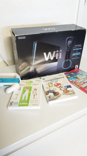 Nintendo Wii Black Like New lots of games wii fit for Sale in Kissimmee, FL