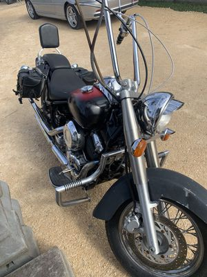 Yamaha V-star motorcycle 2002 for Sale in San Leon, TX