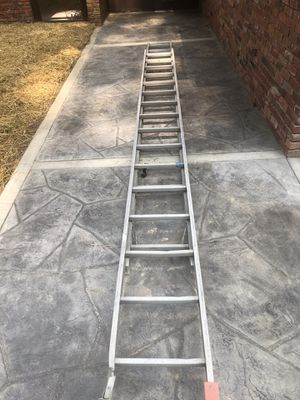 24 Foot Extension Ladder for Sale in Sarver, PA