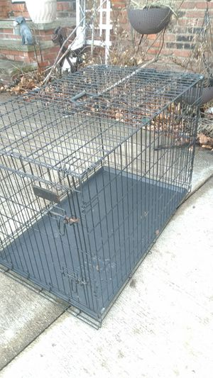 LARGE DOG CRATE ----. 1 OWNER 1. DOG for Sale in North Royalton, OH
