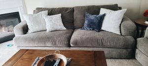 Raymore and Flanagan Couch, Loveseat and coffee table!! for Sale in Orchard Park, NY