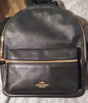 Authentic Coach backpack. Black/Gold for Sale in Santa Susana, CA