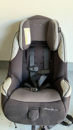 Eddie Bauer forward facing car seat for Sale in Anaheim, CA