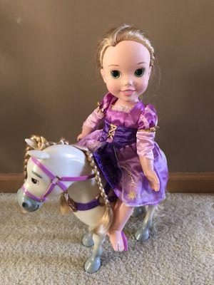 Disney Princess Rapunzel & Maximus for Sale in Lockport, IL