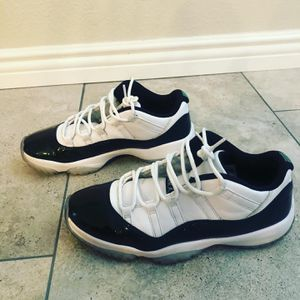 Jordan 11s size 10 1/2 these sell in stock X for over $300 I'm asking only $200 for Sale in Victorville, CA