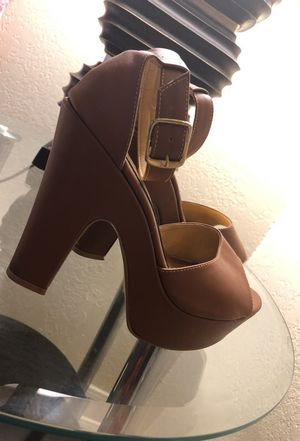 Brand new size 7 Brown Heels for Sale in Tempe, AZ