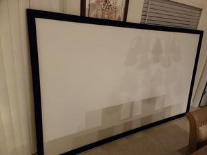 120 inch projector screen for Sale in Kissimmee, FL