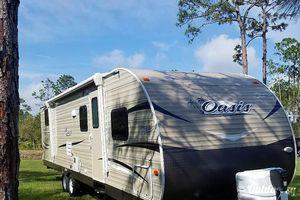 2019 Shasta Oasis 31ok Bunkhouse Camper for Sale in MAGNOLIA SQUARE, FL