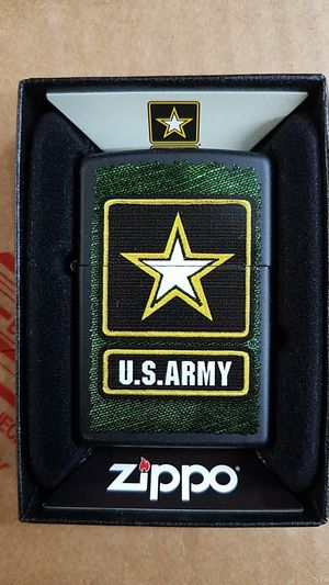 Zippo us army black matte 28512 for Sale in Los Angeles, CA