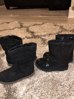 Toddler girl boots size 9 for Sale in Harvard, IL