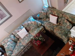 Beautiful highland house furniture two matching sofas and coffee table for Sale in Reading, PA