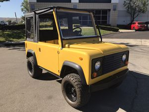 1 OF A KIND LAND ROVER DEFENDER GOLF CART / GOLF CAR for Sale in Chino, CA