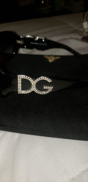Dolce & Gabbana Sunglasses for Sale in Gurnee, IL