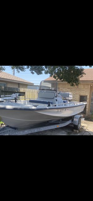 1999 blue wave center console tunnel hull 150hp like new for Sale in Pasadena, TX