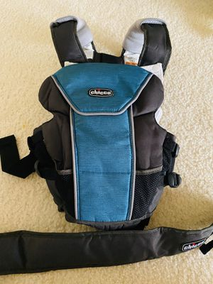 Chicco UltraSoft baby carrier for Sale in Arlington, VA