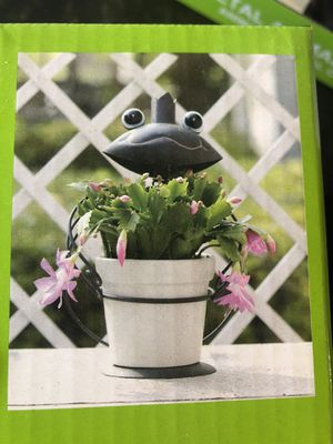 Frog flower pot for Sale in Fontana, CA