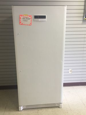 Frigidaire Deep Freezer for Sale in Cleveland, OH