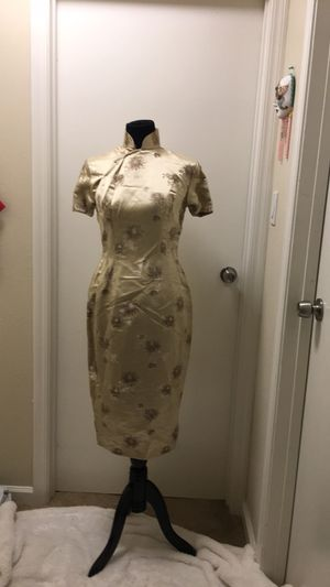 Traditional Chinese dress size small for Sale in Richmond, CA