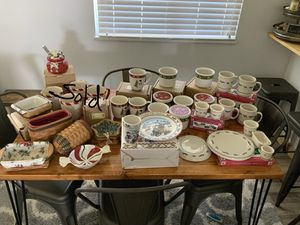 Longaberger Christmas Pottery & Baskets for Sale in Avon, OH