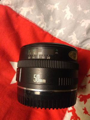 Canon lenses 18-55mm 75-300 mm 50mm cover for all like new for Sale in San Jose, CA