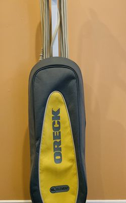 Oreck Vacuum Cleaner for Sale in Raymond,  NH