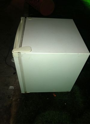 Mini fridge for sale in working condition I paid 60 for it new I don't use no more asking 30 for Sale in Hacienda Heights, CA
