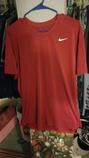 Nike dry fit shirt red for Sale in Montclair, CA