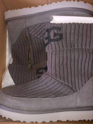 UGG BOOTS for Sale in River Hills, WI
