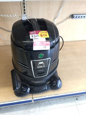 Hyla vacuum cleaner for Sale in Tampa, FL