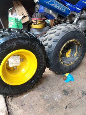 Yamaha banshee 80's Dunlop wheels and tires for Sale in Riverside, CA