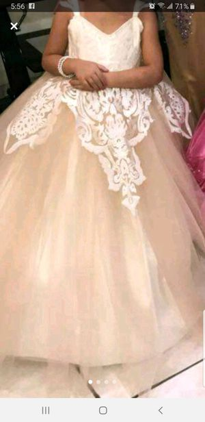 Flower girl dress Size 5 for Sale in Sterling Heights, MI