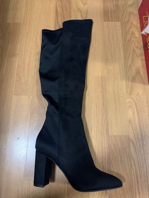 BRAND NEW Knee high suede boots for Sale in Hollywood, FL