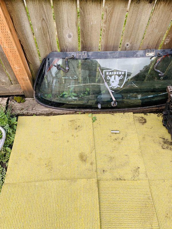 Eg hatch rear glass and both window regulator with windows