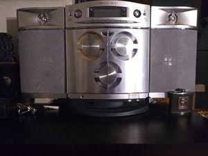 Sharper Image 3 disk mp3/cd player for Sale in Portland, OR