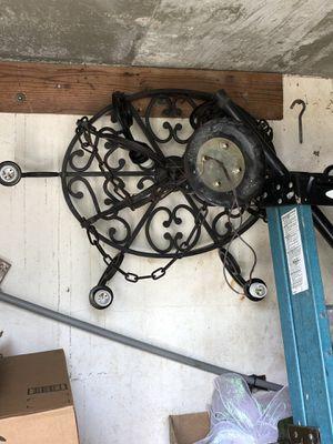 6 light fixture chandelier for Sale in Opa-locka, FL