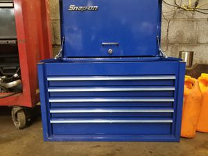 Snap on 5 drawer tool box for Sale in Latrobe, PA