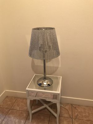 Beautiful Lamp & Beautiful Mirrored Side Table for Sale in Las Vegas, NV