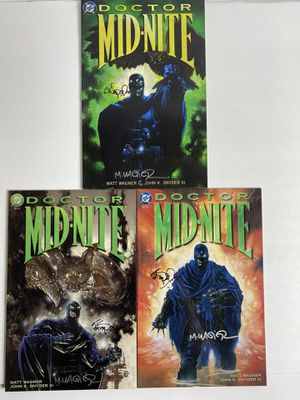 Doctor Mid-Nite Collection, signed by both creators for Sale in Frederick, MD