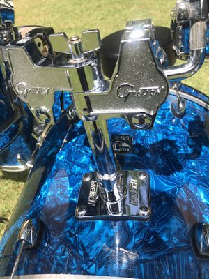 Gretsch Drum Set...Like New! for Sale in Avon, CT