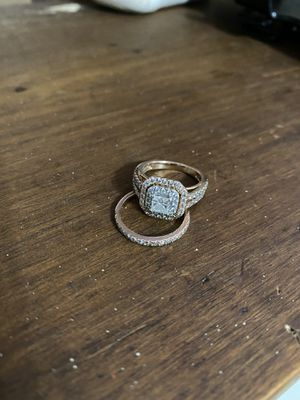 Rose Gold Diamond Engagement Ring Set for Sale in Temple, TX