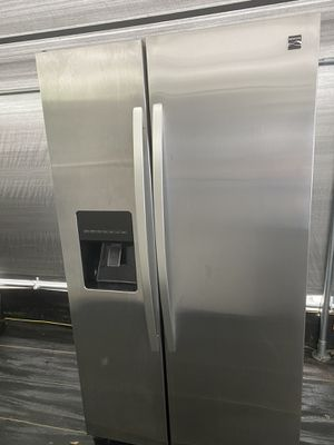 Kenmore stainless steel side by side refrigerator for Sale in Plant City, FL