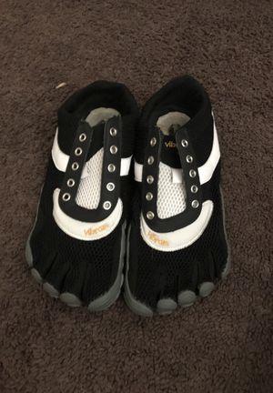 Vibram Toe Shoes for Sale in Morrow, GA