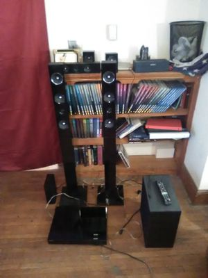 HT-E6730 Series Samsung 7.1 surround sound System with 3d Blu-ray for Sale in Inwood, WV